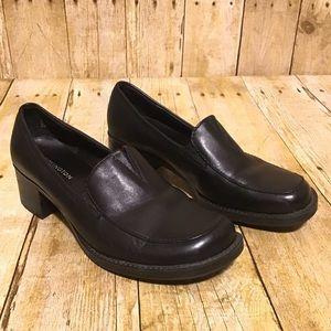 Covington Whitney Black Leather Loafers Sz 7M